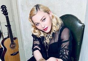 «Только вы такое можете»: 61-летняя Мадонна разделась и шокировала фанатов накачанным телом