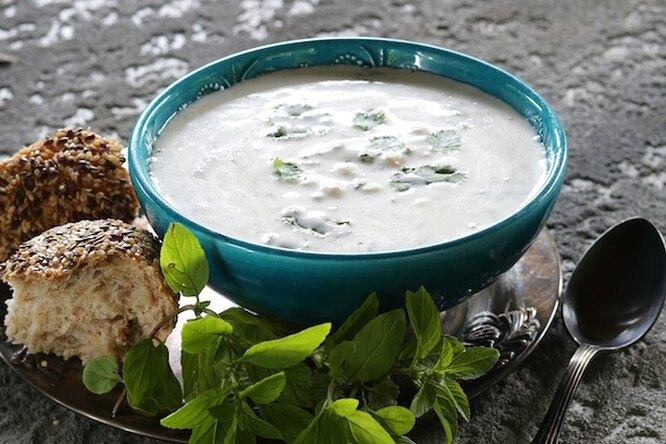 Довга - летний суп из мацони с пшеницей