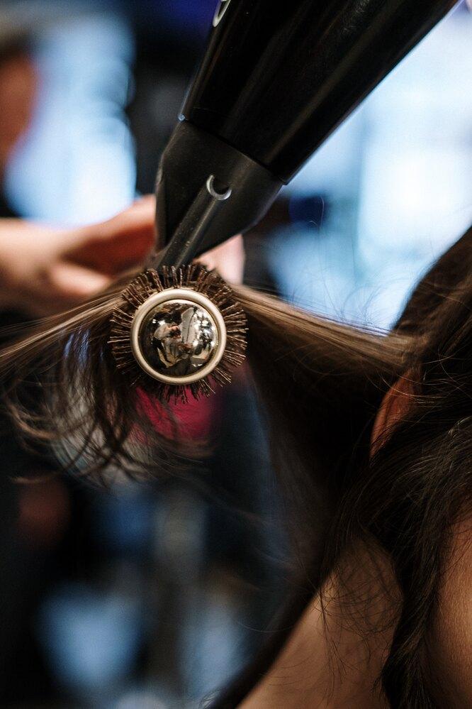 Насадка для фена защищает волосы