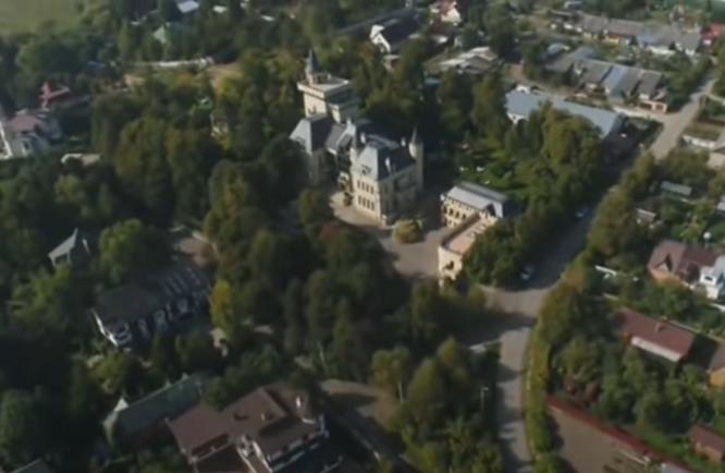 дворец пугачевой