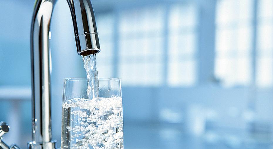 Можно пить! 5 способов очистить воду изпод крана вдомашних условиях