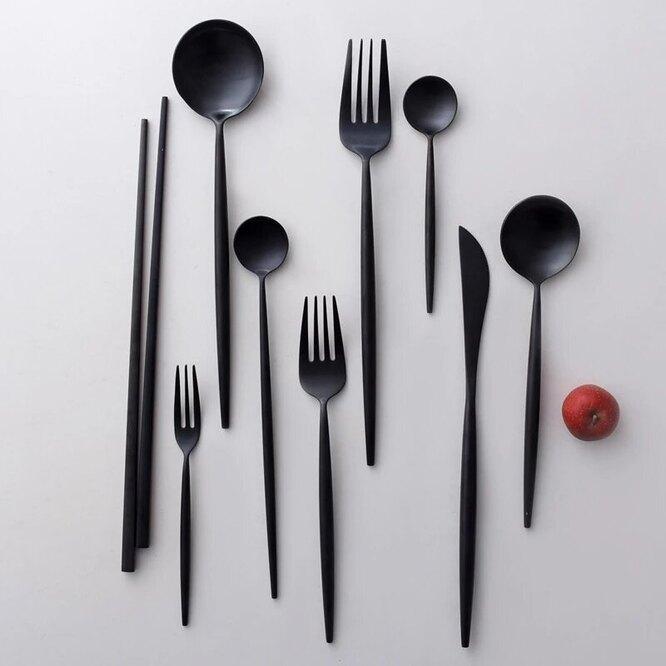 Набор черных столовых приборов из нержавеющей стали, 203 руб.