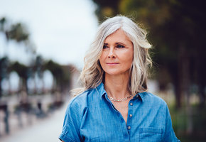 6 советов от обладательниц роскошных седых волос