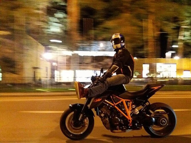 Александр Маругов на мотоцикле