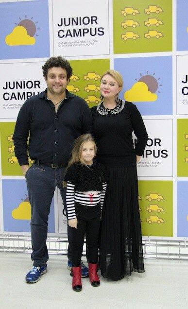 Михаил Полицеймако с семьей