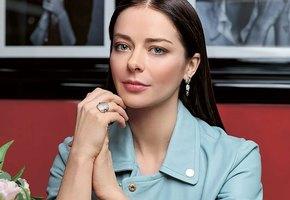 «Какая хорошенькая!» 37-летняя Марина Александрова показала, как выглядела в детстве