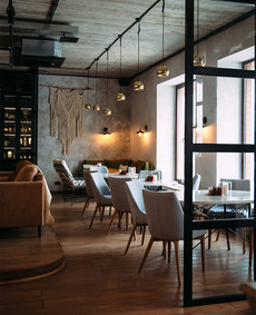 Интерьер ресторана вТобольске