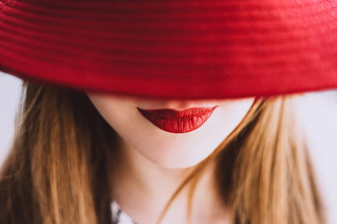 Время дляпоцелуев: 7 самых ярких помад налето