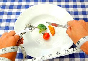 «Я почти не ем, но не худею»: эндокринолог объяснил, в чем дело