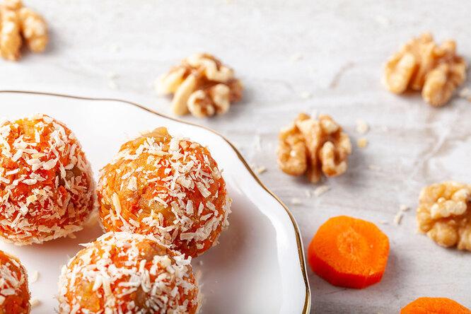 Сладкие морковные шарики