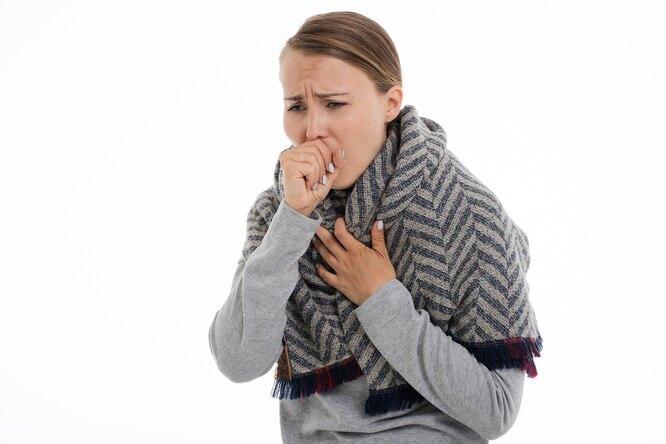 женщина кашель, кашель, проблемы дыхание, трудное дыхание, пневмония