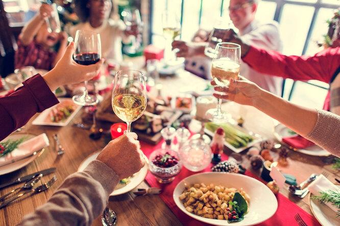 За здоровье: как пить впраздники, чтобы ненавредить себе?
