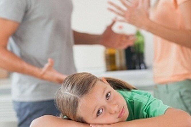 Дети учатся хуже, если видят ссоры родителей