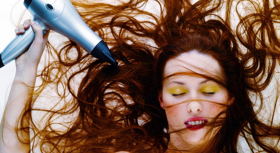 Не делайте так! 10 частых ошибок присушке феном