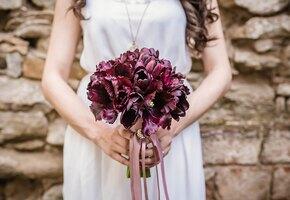 Невеста солгала о раке и обрила голову, чтобы обманом собрать деньги на свадьбу