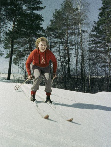 Лидия Смирнова на лыжной прогулке