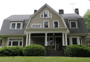 Кошмар на Бульваре 657: наблюдатель загадочного дома и его жертвы