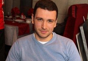 «Уникальная пара!» Антон Хабаров выложил страстное фото с женой Еленой