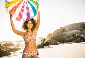 9 «пляжных» правил, которые спасут наше здоровье и даже жизнь
