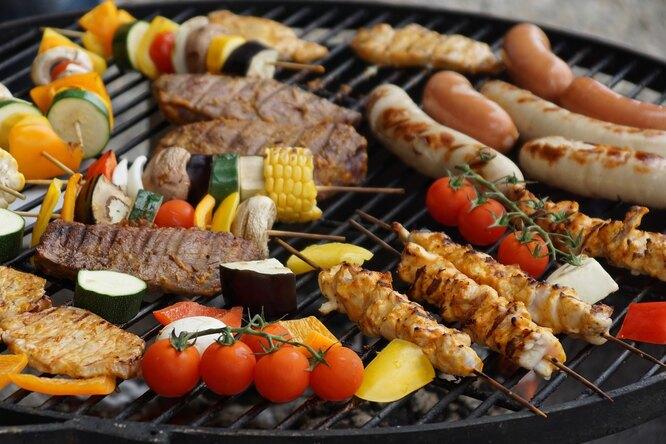 26 рецептов блюд вполоску. Все нагриле: мясо, курица, рыба, овощи идаже яйца