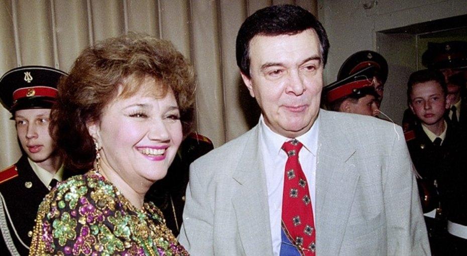 «Со свадьбы года непрошло»: Тамара Синявская бросила мужа ради Муслима Магомаева