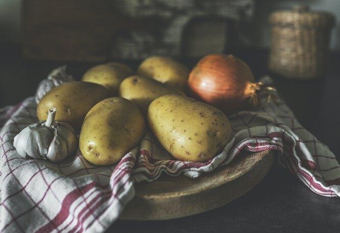 Мы всю жизнь неправильно варили картошку:  как надо делать
