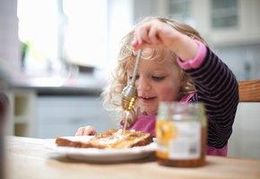 Ешь ине расстраивай маму! Как сформировать удетей правильные отношения седой
