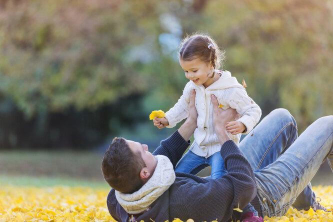 Удаленный отец: как вести себя сребенком после развода?