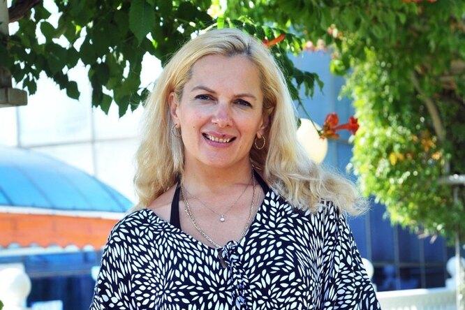 «Нужно пережить кризисный период»: беременная Мария Порошина проводит отдых наКипре