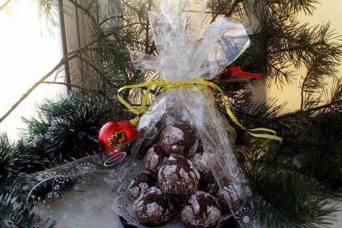 """Сладкий подарок """" Шоколадные снежки """""""
