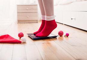До грамма: как узнать точный вес по электронным весам (видео)