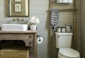 Как организовать порядок в ванной, где нет шкафов