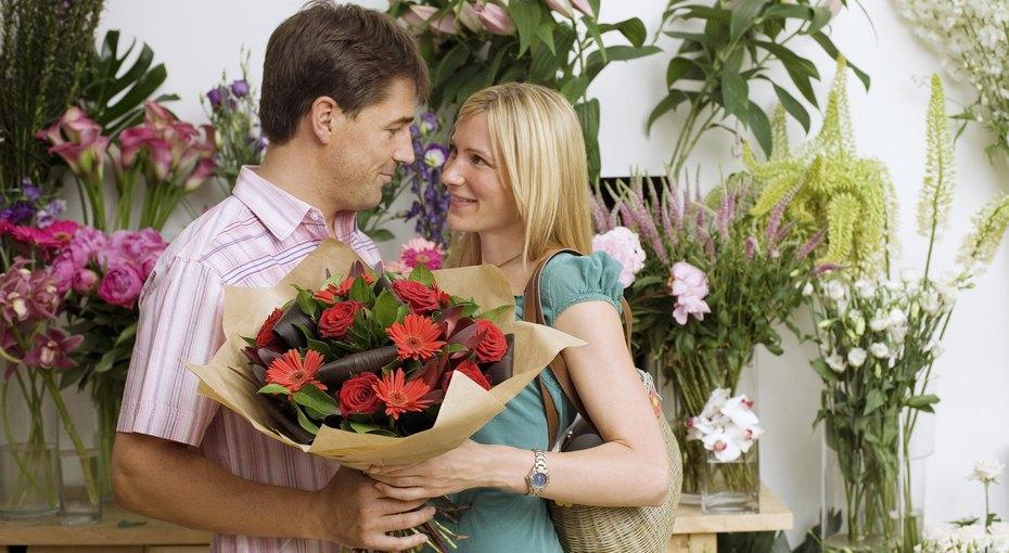 Вечный конфетно-букетный период: почему мужчины нестремятся ксерьезным отношениям