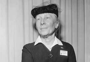 Лилиан Гилбрет: как любительница поэзии сделала жизнь и труд рабочих и домохозяек намного удобнее