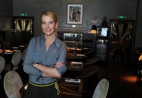 Юлия Высоцкая: какой был брак со звездой «Солдат», и почему молчит о дочери
