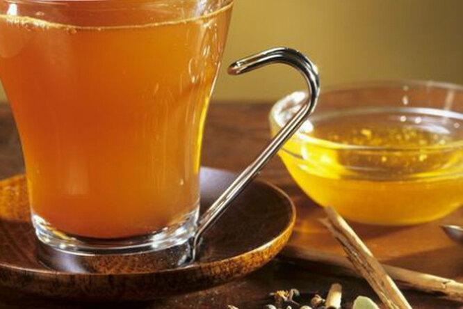Как приготовить настоящий согревающий сбитень с медом?