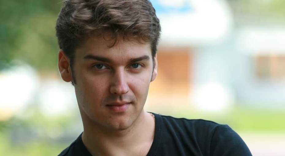 В Москве умер 37-летний актер, озвучивший Человека-Паука иКристиана Грэя вфильме «50 оттенках серого»