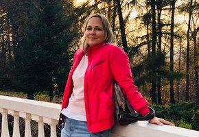 «То, что со мной случилось, можно сравнить с авиакатастрофой»: история женщины, пережившей развод и рак