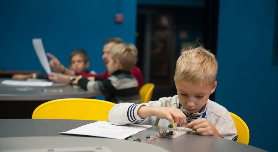 Открыт набор школьников вИнженерный центр Музея космонавтики