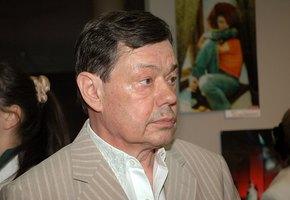 «Из реанимации - в палату»: сын Николая Караченцова рассказал о состоянии здоровья артиста