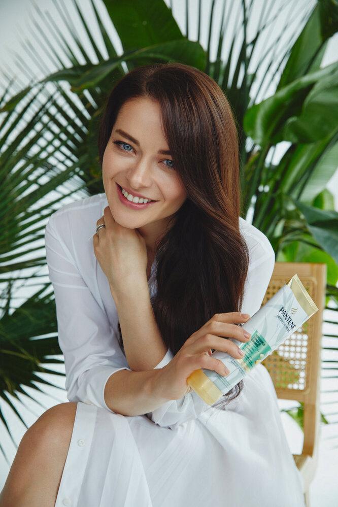 Актриса Марина Алексадрова – амбассадор бренда Pantene. Фото: Павел Крюков