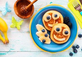 7 простых рецептов с  бананами: лёгкие завтраки, десерты, смузи, торты