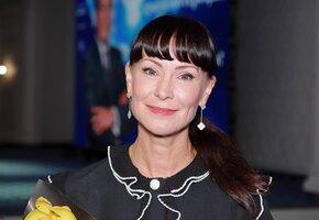 «На Гурченко похожа». Нонна Гришаева предстала в царском наряде
