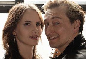 Сергей Безруков опубликовал фотографии с женой в день ее рождения