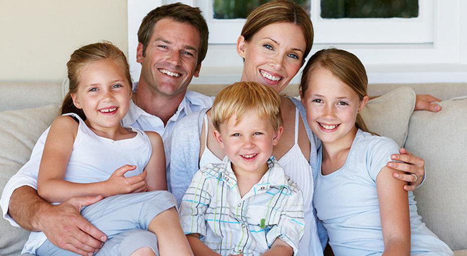 Что нетак вмногодетной семье? Забавные факты овоспитании троих детей