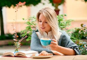 Ни пятнышка! 7 способов защитить зубы от «кофейных» пятен