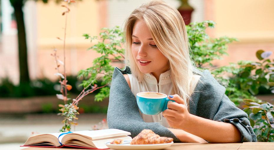 Ни пятнышка! 7 способов защитить зубы от«кофейных» пятен