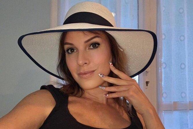 «Ах, какая женщина!» 52-летняя Наталья Штурм выложила откровенное фото