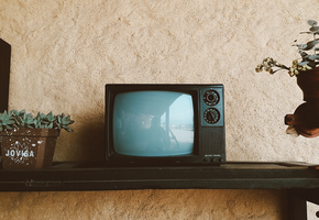 Как правильно очистить телевизор от пыли