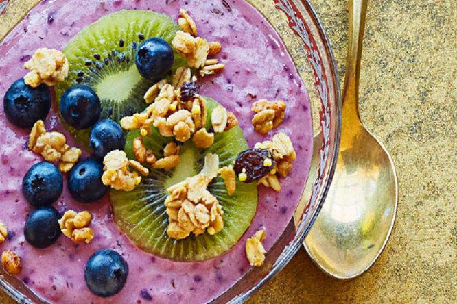 Йогуртовый смузи с фруктами